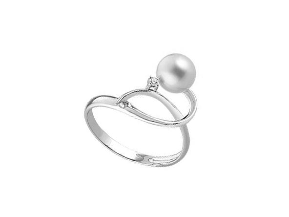 Anello con perla naturale 7 mm e 1 diamanti CT 0